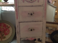 Shabby chic pink and white table