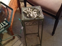 Small metal plant stand