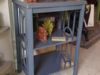 grey-table-with-cutout-sides