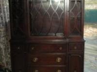 mahog-china-cabinet