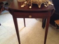 mahog-dropleaf-side-table