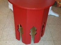 red-taj-mahal-table