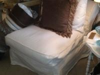 slipper-chair