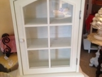 white-glass-door-small-cabinet
